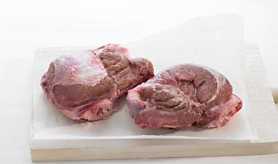 cuisson joue de porc cuisson joues de porc temps de cuisson joue de porc with langue de boeuf. Black Bedroom Furniture Sets. Home Design Ideas
